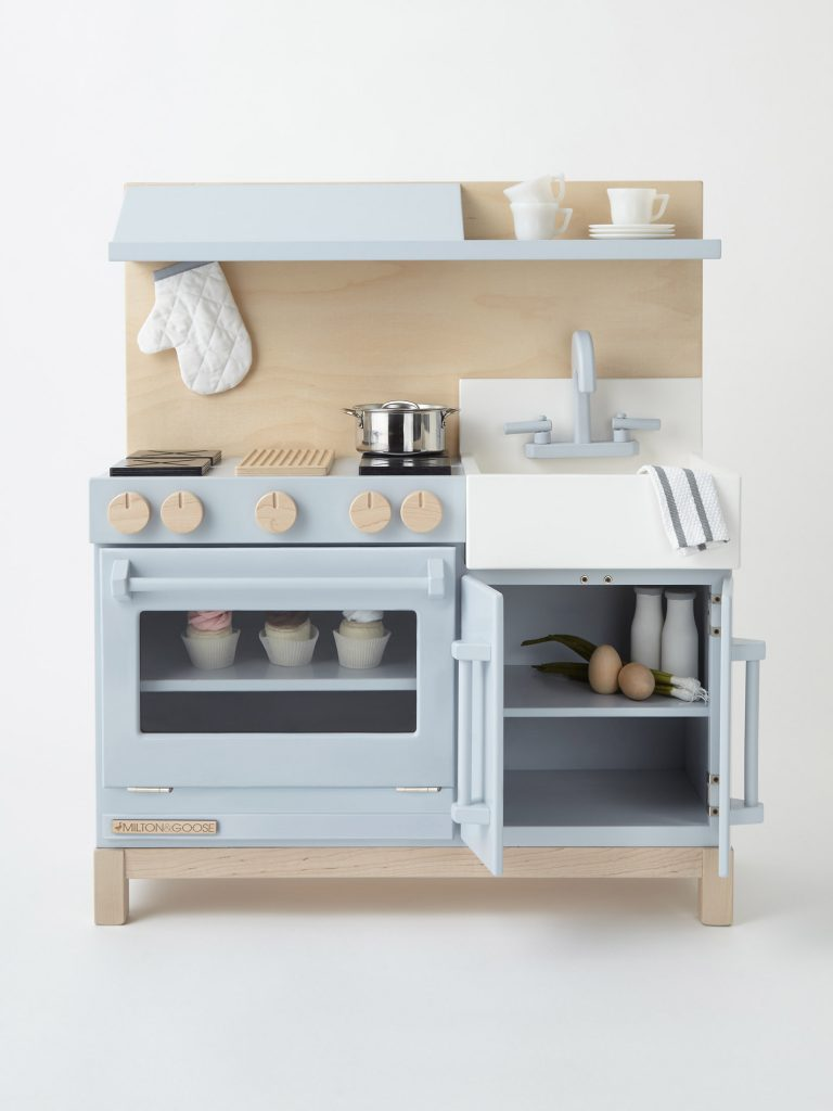 This Is the Chicest Kids Play Kitchen Set We\'ve Ever Seen