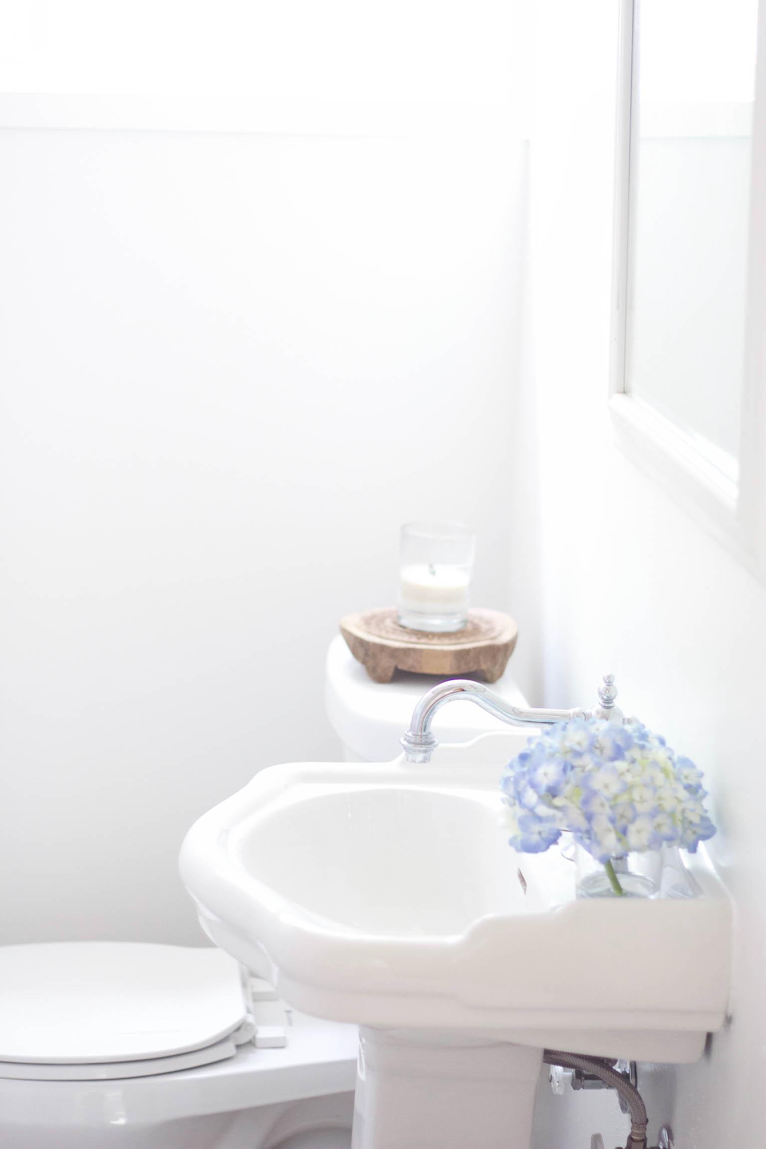 Bathroom Makeover Ideas With Bold Bathroom Tile Designs